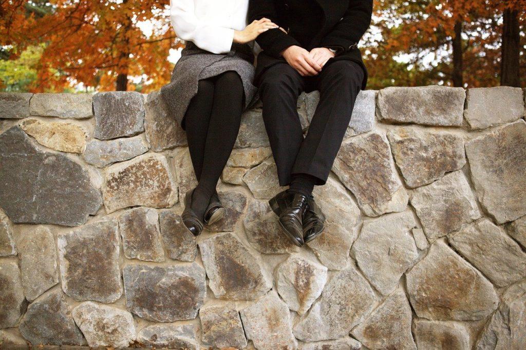 借金があっても結婚できる?|借金問題は1日でも早く手を打つべき理由