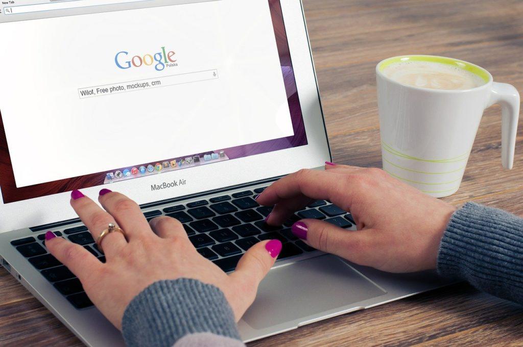 ブログで稼ぐ仕組みとは?|副業ブログの始め方を解説